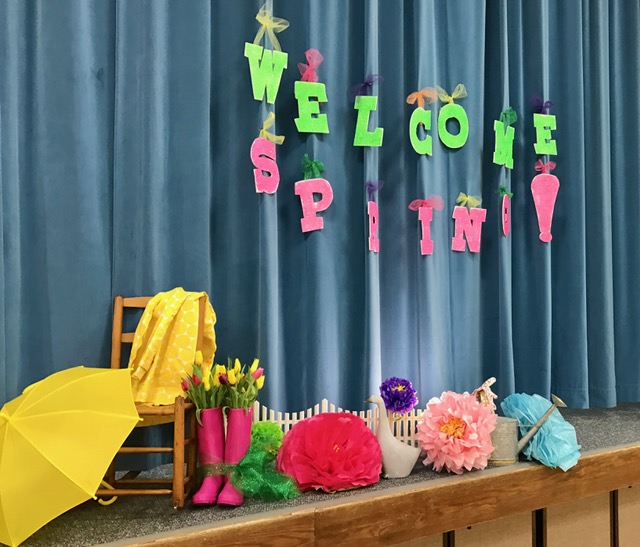 What a fun way to celebrate a Spring gathering! Look at the great tissue flowers! I love the centerpieces! So bright and colorful! A fun way to celebrate Relief Society Birthdays, or any other occasion for that matter!